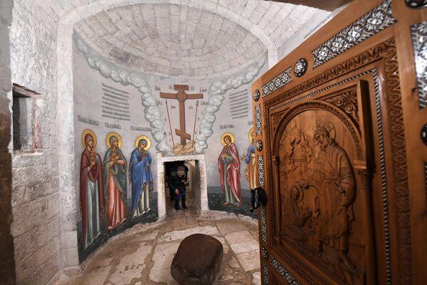 Предел Ангела в часовне в центре ротонды Воскресенского храма на территории Ново-Иерусалимского мужского монастыря