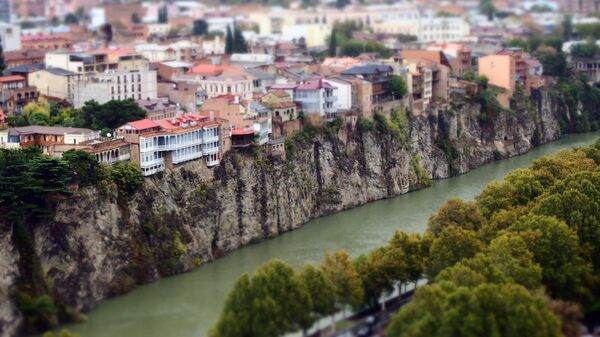 Река Кура и исторический центр Тбилиси. Архивное фото
