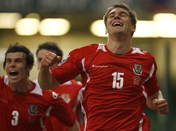Сборная Уэльса празднует гол в ворота Азербайджана