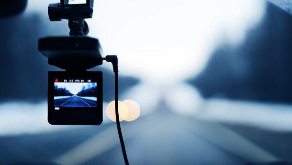 Автомобильный видеорегистратор. Архивное фото