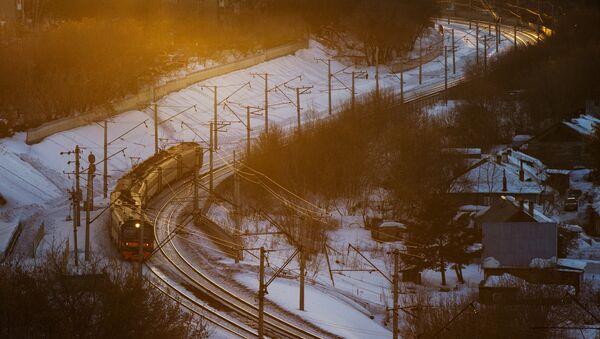 Электропоезд. Архивное фото