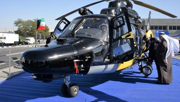 Вертолёт Airbus H225 министерства внутренних дел Кувейта на международной выставке вооружения и военной техники Gulf Defence & Aerospace-2017 в Эль-Кувейте