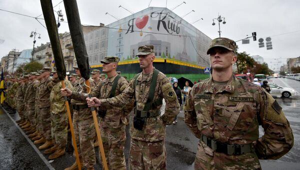 Американские военные в Киеве. Архивное фото