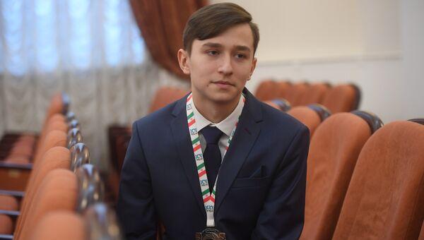 Участник встречи Ольги Васильевой с победителями международных олимпиад
