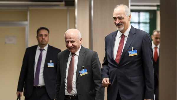 Постпред САР при ООН Башар Джаафари прибывает на встречу по переговорам по Сирии в ООН в Женеве, Швейцария. Архивное фото