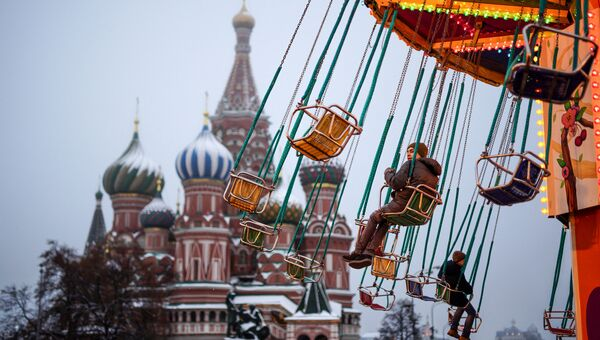 Карусель на Красной площади. Архивное фото