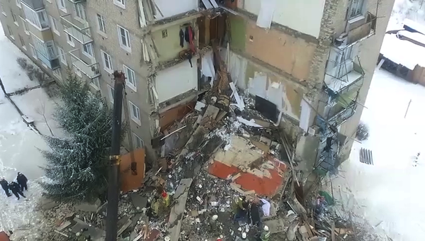 Разбор завалов на месте обрушения жилого дома в городе Юрьевец Ивановской  области. 22 декабря 2017 fa12fc39a8e