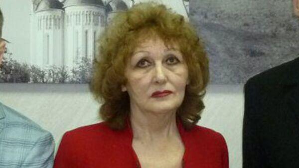 Кандидат в президенты РФ от партии РОТ Фронт крановщица металлургического завода Наталя Лисицына
