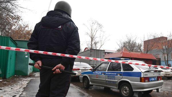Оцепление полиции на Иловайской улице. 27 декабря 2017