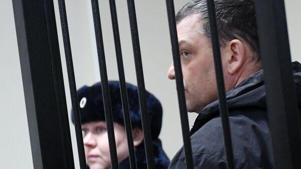 Экс-директор фабрики Меньшевик Илья Аверьянов
