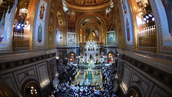 Патриарх Московский и всея Руси Кирилл проводит Рождественское богослужение в храме Христа Спасителя в Москве