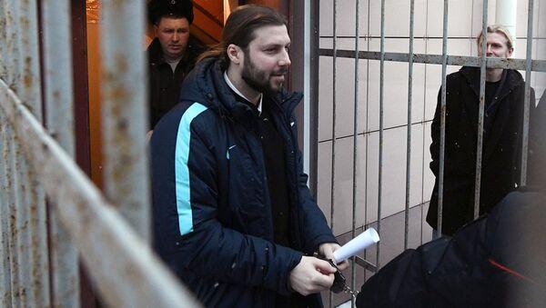 Священник Глеб Грозовский после оглашения приговора в Приозерском городском суде Ленинградской области. 17 января 2018