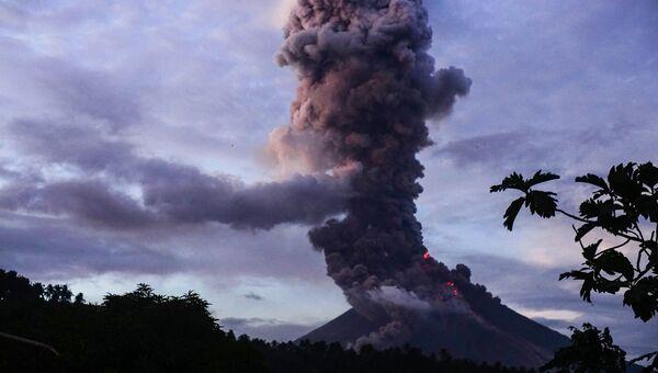 Извержение вулкана Майон, Филиппины.  23 января 2018