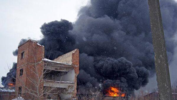 Ликвидация пожара на складе горюче-смазочных материалов в Донецкой области. 24 января 2018