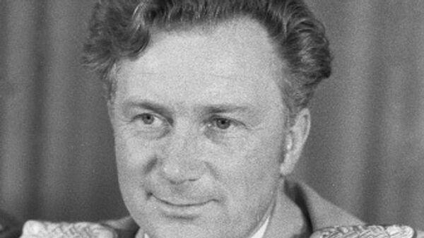 Космонавт-исследователь ГДР Зигмунд Йен