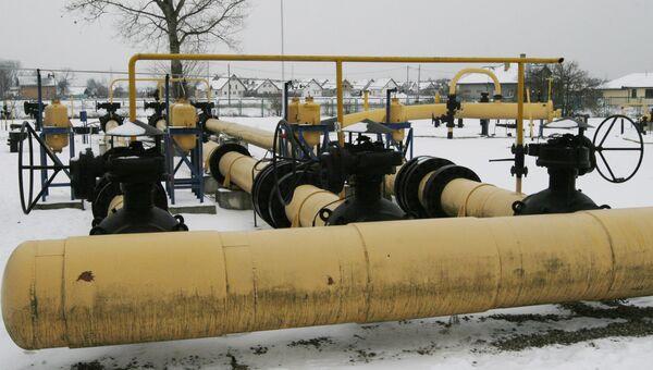 Насосная станция для природного газа импортируемого из России недалеко от Варшавы, Польша. 2009 год