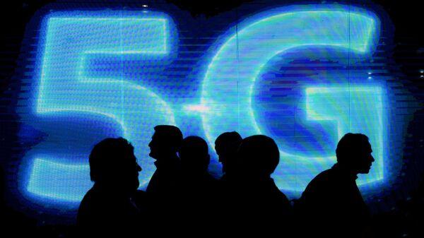 Логотип сети 5G. Архивное фото