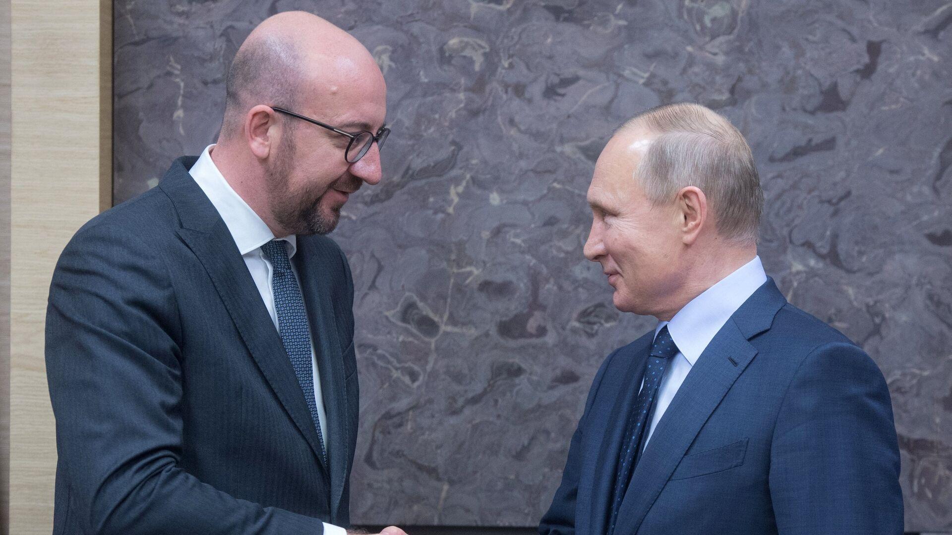Песков подтвердил разговор Путина и главы Евросовета