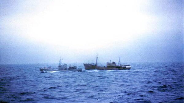 Траулер Фортуна, терпевший бедствие, будет доставлен в порт через 8-10 часов