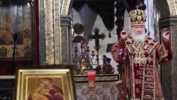 Патриарх Московский и всея Руси Кирилл проводит напутственный молебен для российской олимпийской сборной. 4 декабря 2018