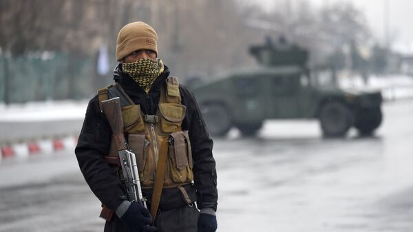 Афганский военный в Кабуле