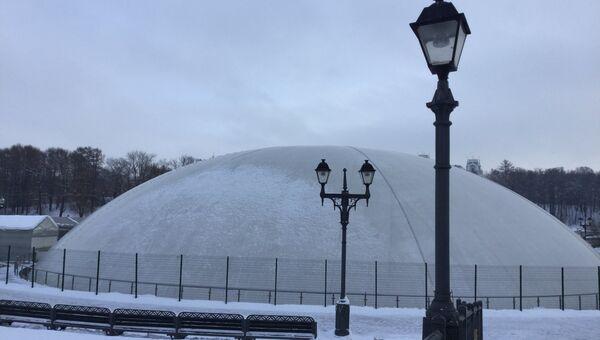 Купол над фонтаном в парке Царицыно. Архивное фото