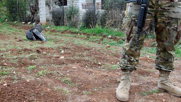 Часть ракеты в Ливане после атаки Израиля по системам ПВО в Сирии. 10 февраля 2018