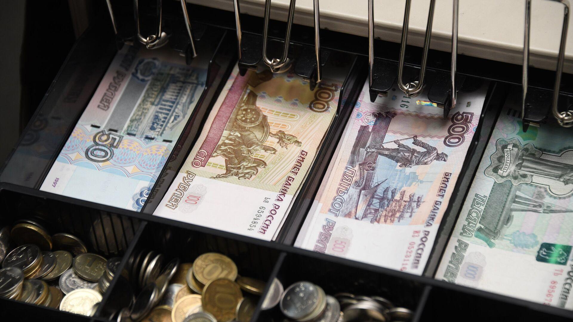 РБК: ФНС предложила ужесточить контроль за продавцами на рынках