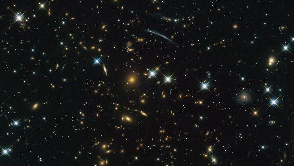 Скопление галактик PLCK G004.5-19.5 в созвездии Стрельца, открытое благодаря эффекту Сюняева-Зельдовича