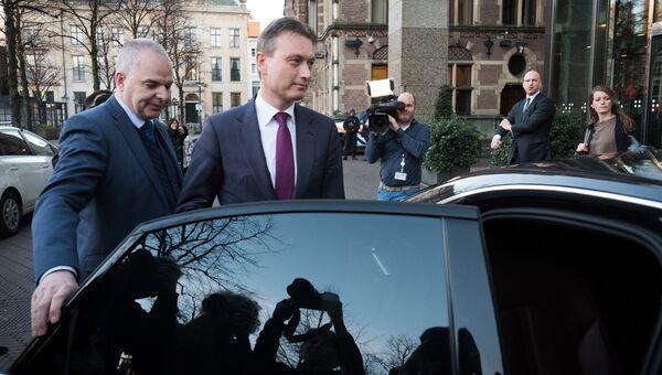 Министр иностранных дел Нидерландов Халбе Зейлстра после объявления об отставке