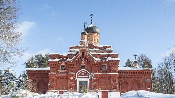 Главный храм Зосимовой Смоленской пустыни