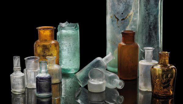 Аптечные бутылки из культурного слоя пожара 1917 года