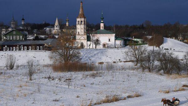 Вид на церковь в Суздале. Архивное фото