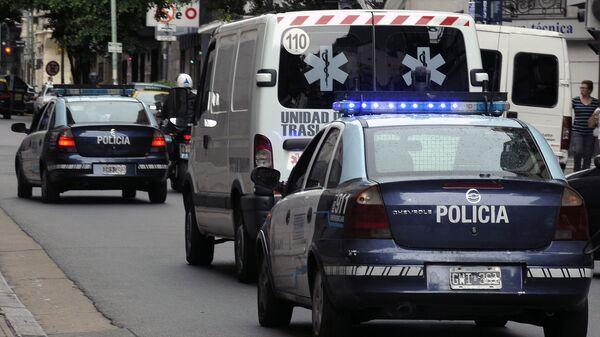 Машины полиции и скорой помощи в Аргентине