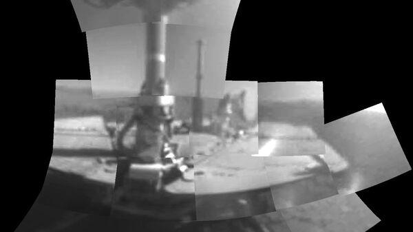 Ровер Opportunity сделал первую в жизни фотографию самого себя, отпраздновав таким образом 5000 день работы на поверхности Марса