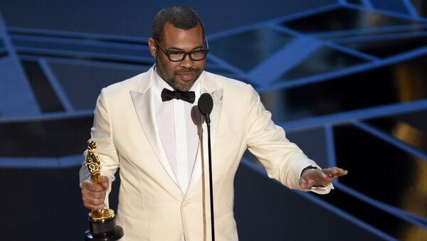 Джордан Пил получает Оскар. 05.03.18