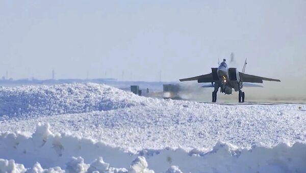 МиГ-31 ВКС провел учебный пуск гиперзвуковой ракеты Кинжал