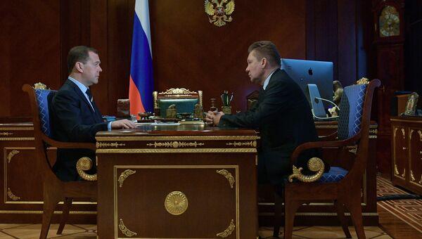 Председатель правительства РФ Дмитрий Медведев и председатель правления компании Газпром Алексей Миллер во время встречи. 13 марта 2018