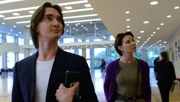 Владислав Лантратов и Мария Александрова на выставке в рамках Международного фестиваля балета