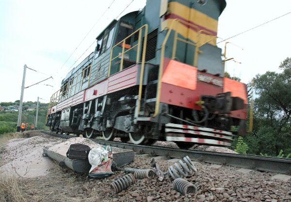 Локомотив врезался в пассажирский поезд в Тамбовской области