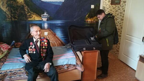 Старейший, 101-летний избиратель Еврейской автономной области проголосовал в Биробиджане