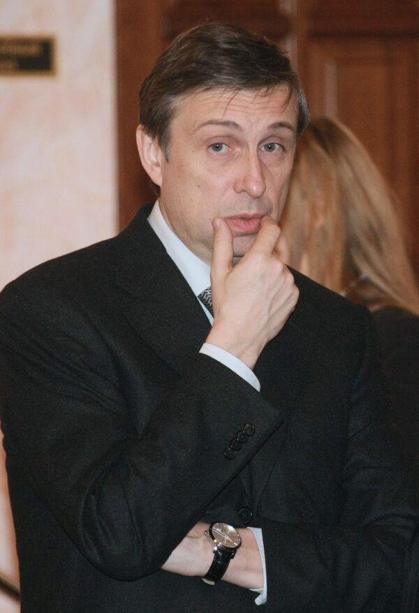 Глава Федеральной службы по финансовым рынкам В. Миловидов