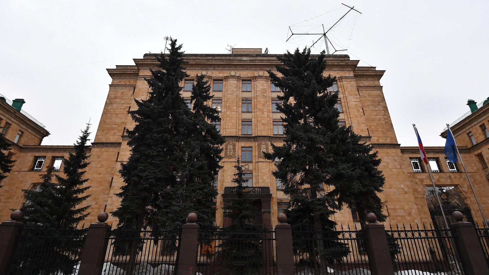 Здание посольства Чехии на улице Юлиуса Фучика в Москве - РИА Новости, 1920, 19.04.2021
