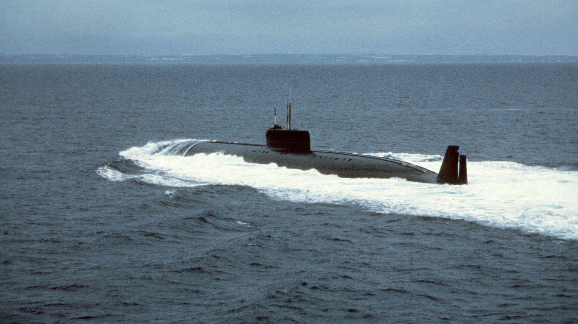 Атомная подводная лодка К-162 (известная позднее также как К-222) на испытаниях - РИА Новости, 1920, 18.12.2020
