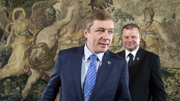 Глава правящей партии Союз крестьян и зеленых Литвы Рамунас Карбаускис на пресс-конференцию в Вильнюсе, Литва