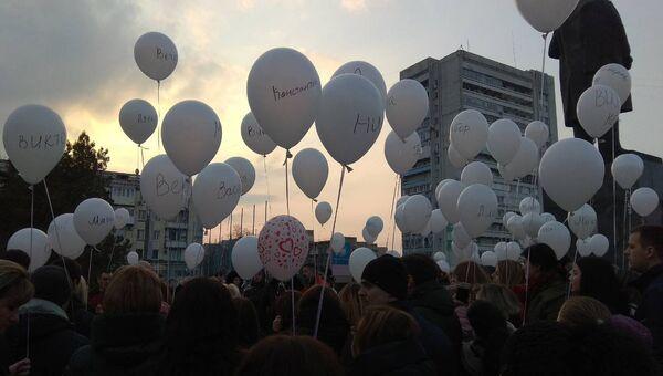 Акция  #КЕМЕРОВОМЫСТОБОЙ в память о жертвах пожара в ТЦ Зимняя вишня в Кемерово
