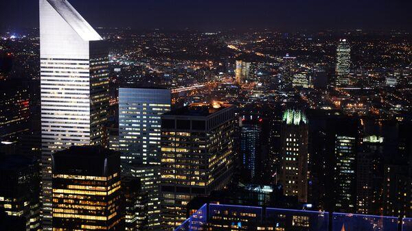 Вид на ночной Манхэттен