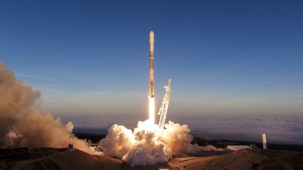SpaceX запустила ракету Falcon 9 со спутниками Iridium NEXT