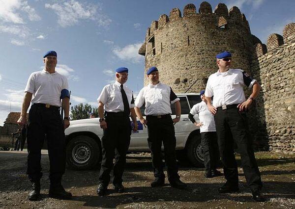 Миссия военных наблюдателей Евросоюза приступила к мониторингу территорий, граничащих с конфликтными зонами в Грузии