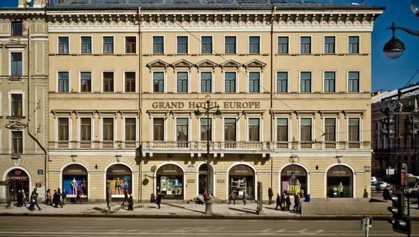 Гранд Отель Европа в Санкт-Петербурге, вид с Невского проспекта